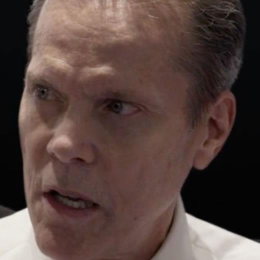 Stephen Quadros as Referee Steve Perry